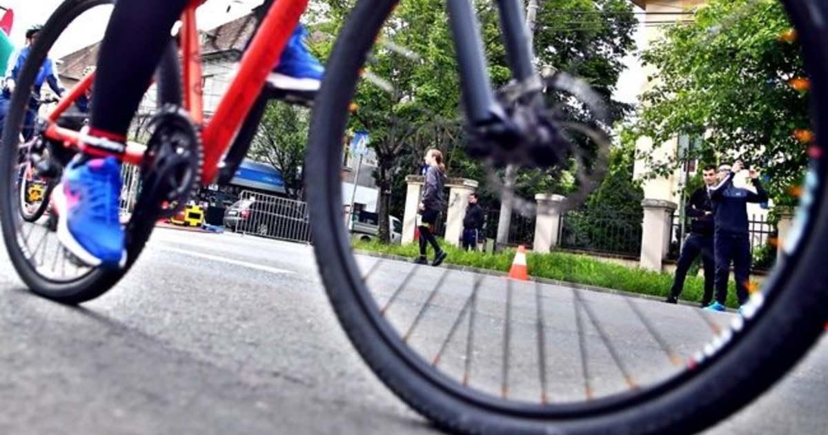 """stilul rafinat Produse noi destul de dragut Calea Șagului ar putea deveni o """"Bicycle Valley"""" a României. Prima ..."""