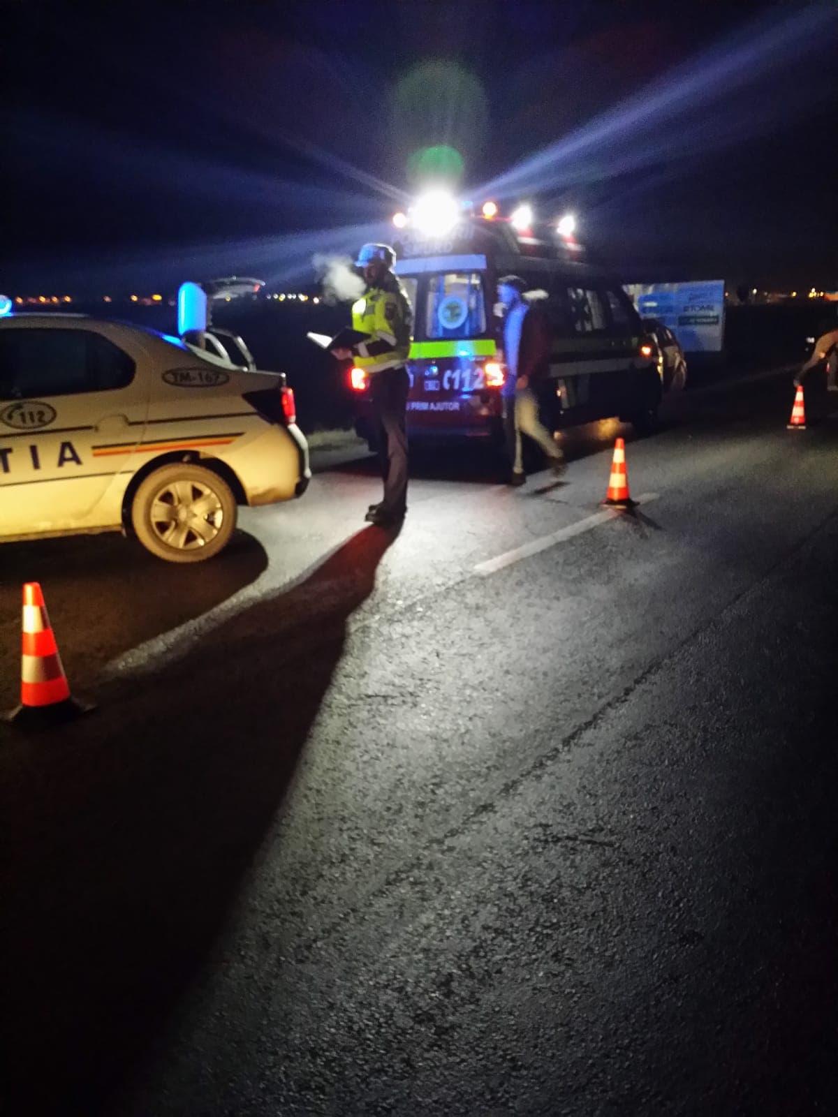 Bărbat la spital după ce a intrat cu mașina într-un șanț, lângă Timișoara