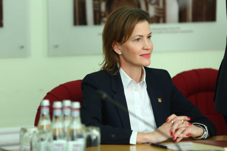 Liliana Oneț, noul prefect de Timiș, a depus jurământul.