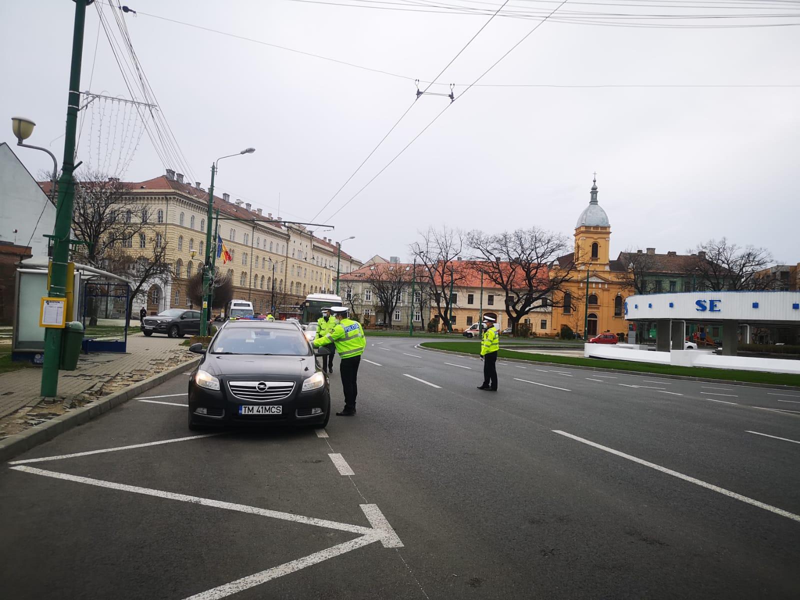 Au început controalele, pe timp de zi, la Timișoara. S-au dat și primele amenzi