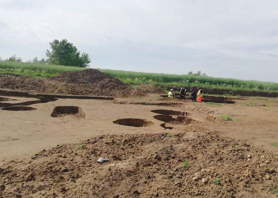 DRDP: arheologii sunt în curs de finalizare cu cercetările la situl numărul 5, de pe șantierul centurii Timișoara Sud
