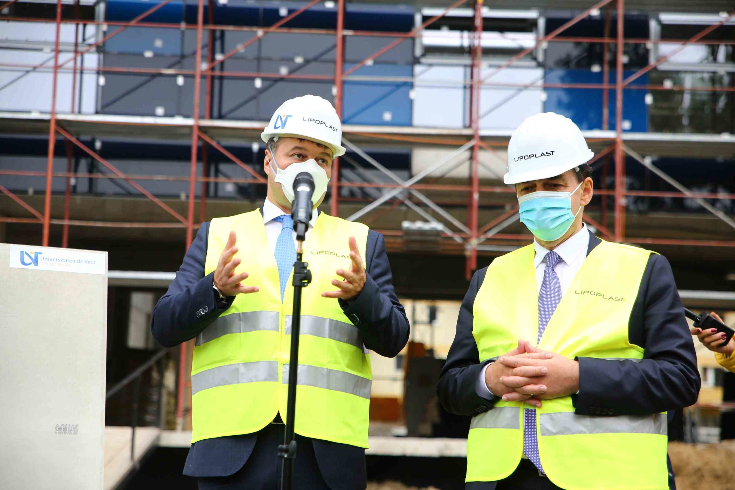 Ludovic Orban, în vizită la căminul UVT, aflat în construcție